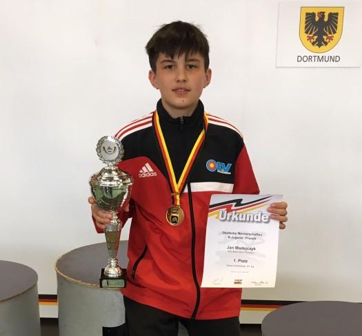 Jan Madejczyk holt sich die Deutsche Meisterschaft in der B-Jugend