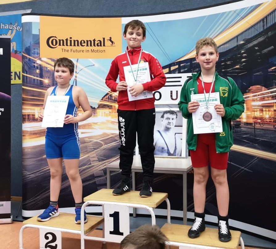 Jan-Bogdan Vasilita mit Turniersieg in Waltershausen